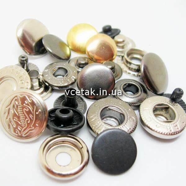Кнопки для одягу